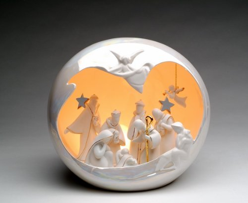 Appletree Design Large Globe Nativity Scene, Lighted, 10 by 8-1/2-Inch, Includes Light Bulb and ()