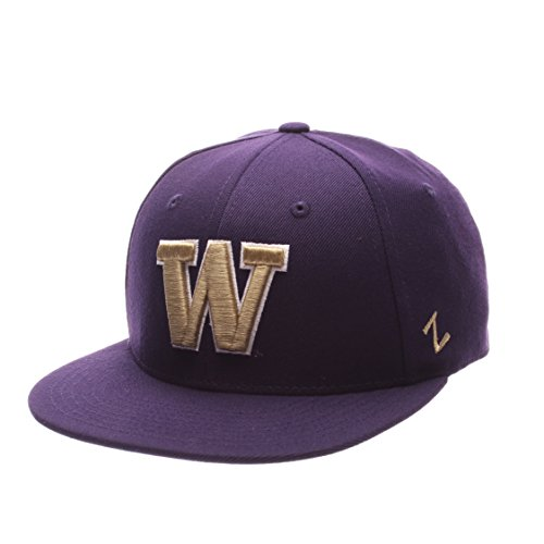 7f5e8118c3778 ... hot zhats ncaa washington huskies mens m15 fitted hat purple bc14c da4e3
