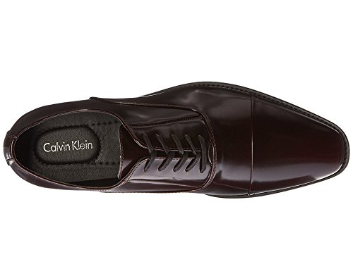 Calvin Klein Men's Radley Brush Off Smooth Oxford, Burgundy, 7 M US