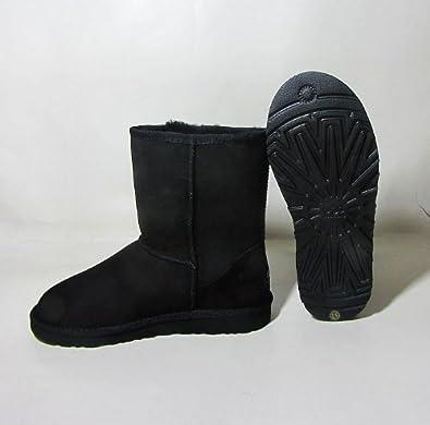b6c2ca15219 UGG classic short boots black UK size 5
