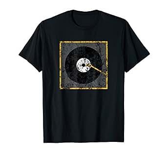 Amazon.com: Vinyl Junkie Camisa amante de la música playera ...
