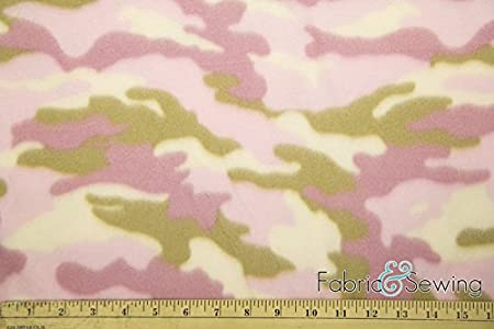 Cozy Camouflage Anti-Pill Polar Fleece Fabric Polyester 13 Oz 58-60