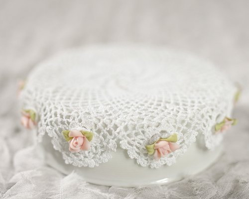 Cute Doily and Rose DIY Cake Topper Base