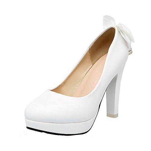 AllhqFashion Damen Rund Zehe Ziehen auf PU Leder Rein Hoher Absatz Pumps Schuhe Weiß