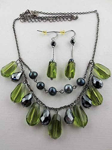 Dangling Faceted Peridot Lucite/Silver Helix Glass Bead Bib Necklace Earrings