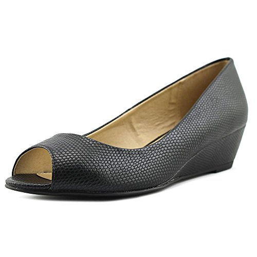 CL by Chinese Laundry Women's Hartley Floral PR Wedge Pump Black Lizard