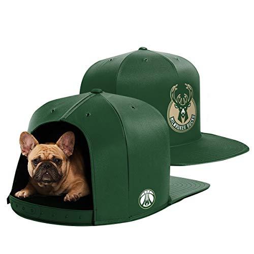NAP CAP NBA Milwaukee Bucks Team Indoor Pet Bed, Green (Medium)]()