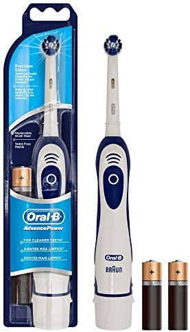 Oral-B Pro-Expert Precision Clean Brosse à dents à piles, 1 brosse à dents à piles, 1 brossette, 2 piles