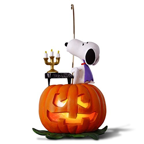 Hallmark Keepsake Halloween Decor Ornament 2018 Year Dated, Snoopy and Pumpkin, The Peanuts Gang Spooky Snoopy With Music and Light]()