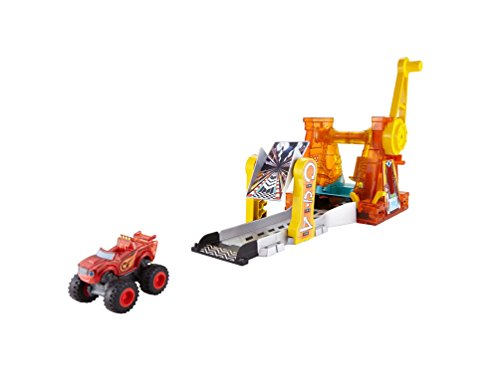 Fisher-Price Nickelodeon Blaze & the Monster Machines, Light and Launch Hyper Loop Playset]()