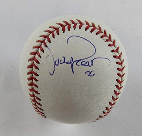Oliver Perez Autographed Baseball - Rawlings B109 - Autographed Baseballs