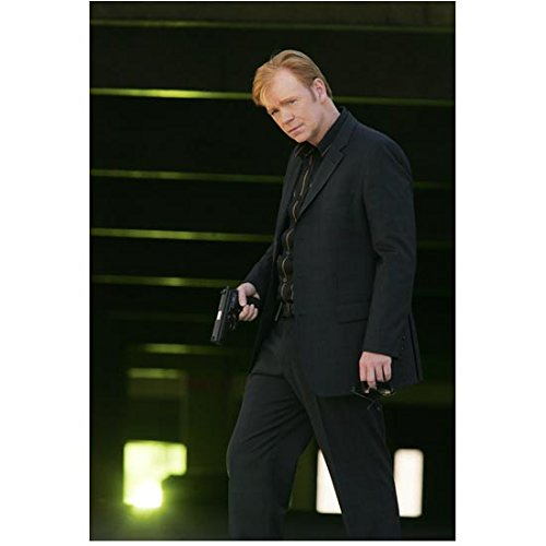 CSI: Miami David Caruso as Lt. Caine holding gun and sunglasses 8 x 10 Inch Photo