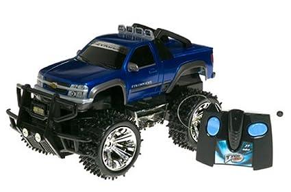 Amazoncom Tyco Radio Control Chevy Colorado Blue 27 Mhz Toys