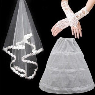 Qishi's the Bride Wedding Dress Pannier Gloves and Wedding Veil Three-piece Suit