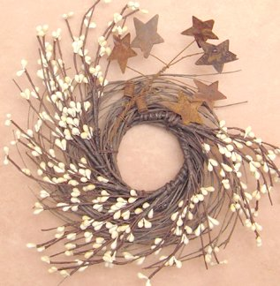 (Pip & Twig Wreath Rusty Stars Ivory Berries Country Primitive Floral Décor)