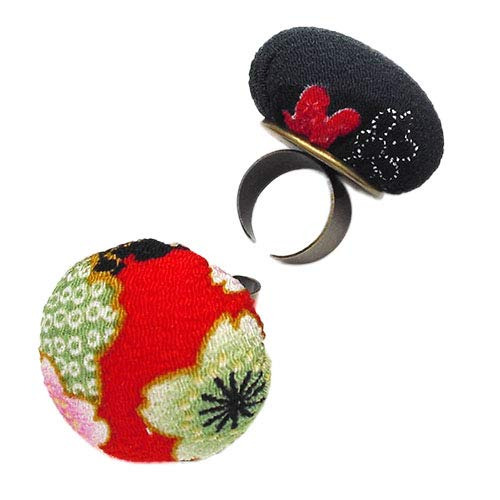 Chris.W 2Pcs Ring Pin Cushions Adjustable Floral Pattern Quilters and Crafters Finger Pincushion Sewing Accessory(Random ()