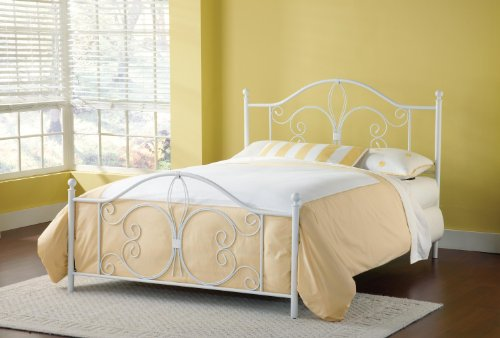 Hillsdale Furniture Panel Bed in Textured White (Queen: 61 in. L x 49.75 in. H (32.8 lbs.)) (Lis Furniture Hillsdale De Fleur)