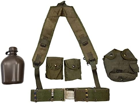 ae5ef085fc8 Amazon.com   Military Outdoor Clothing Previously Issued US GI OD Green  Canteen Set with Suspenders   Compass Pouches   Sports   Outdoors