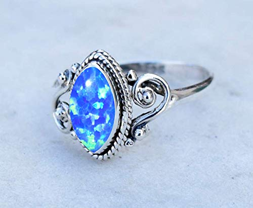 GORGEOUS BLUE OPAL 925 STERLING SILVER RING SIZE 5