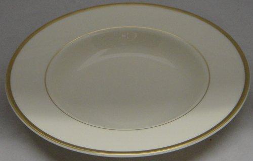 Royal Doulton Heather (Royal Doulton Heather (Gold Trim, Albion Shape) Large Rim Soup Bowl)