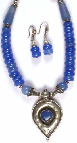 Azul con cubiertos de Juego de pendientes de calcedonia collar con colgante en forma - broche de plata de ley: Amazon.es: Joyería