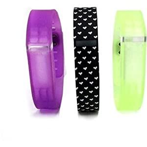 Voguestrap Smart Buddie 1800-1001-HRT Black & White Heart-Printed Rubber Strap Compatible with Fitbit Flex