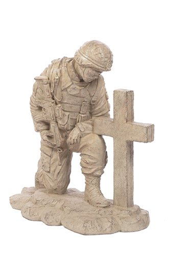 (Solid Rock Stoneworks Kneeling Soldier At Cross Stone Military Statue 22in Tall)