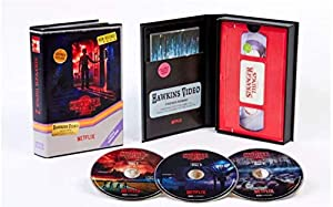 Cover Image for 'Stranger Things: Season 2 (Target Exclusive) [4K Ultra HD + Blu-ray]'