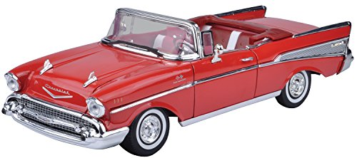 Motormax 1:18 Die-Cast 1957 Chevy Bel Air (colors may vary)