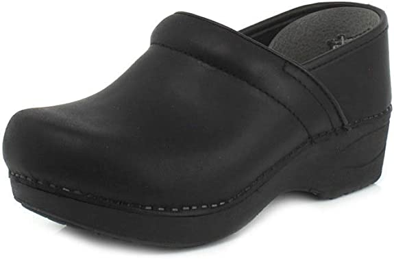 3. Dansko Women's XP 2.0 Clogs Shoe