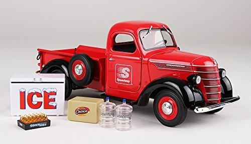 1938 Grille (1938 International D-2 Pickup Truck with Load Speedway 1/25 by First Gear 49-0365)