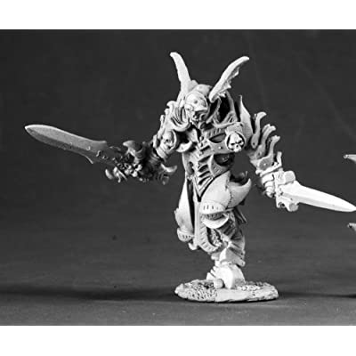 Reaper Miniatures Unpainted Stefan Von Kruger Vampire Warrior 03538 Dark Heaven: Toys & Games