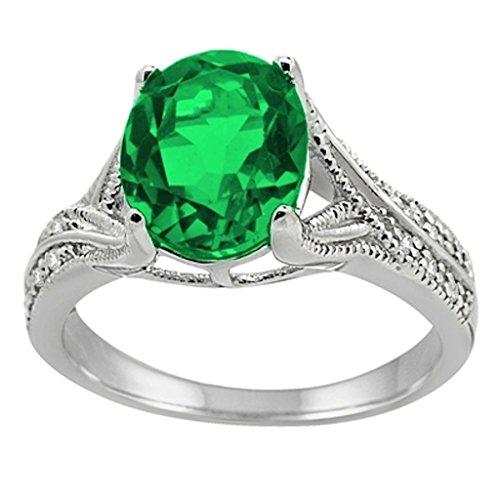 Diamond & Emerald Antique Ring - 1