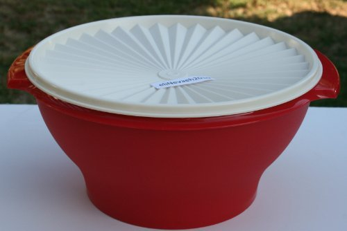 Tupperware 17c Servalier Salad Serving BOWL RED w/ White Seal (Tupperware Serving Container)