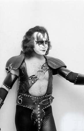 Foto Gene Simmons en maquillaje y disfraz Rock grupo Kiss, 12x16 ...