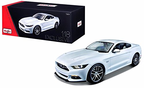 New 1:18 W/B EXCLUSIVE EDITION - WHITE 2015 FORD MUSTANG GT Diecast Car 50TH ANNIVERSARY EDITION Diecast Model Car By Maisto