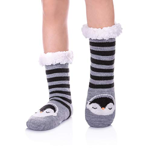 - NOVCO Boys Girls Slipper Socks Fuzzy Soft Warm Fleece lined Kids Toddler Winter Socks for Christmas (Black Penguin, 19CM/7-8 years)