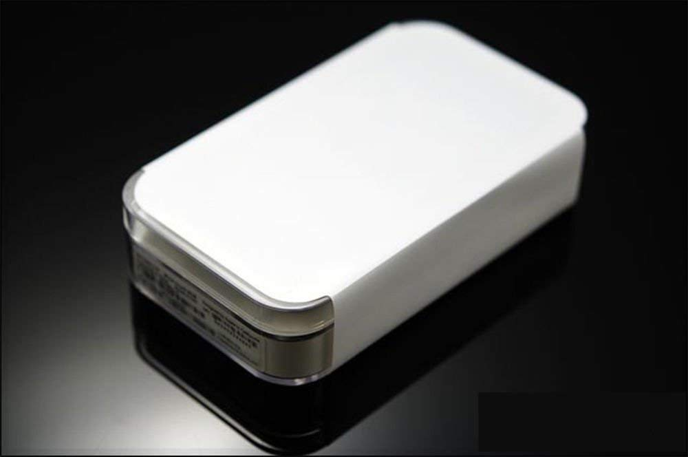 White8G for Touch IP0D8GB (4th Generation)+ iPod Touch ScreenProtector(Good)