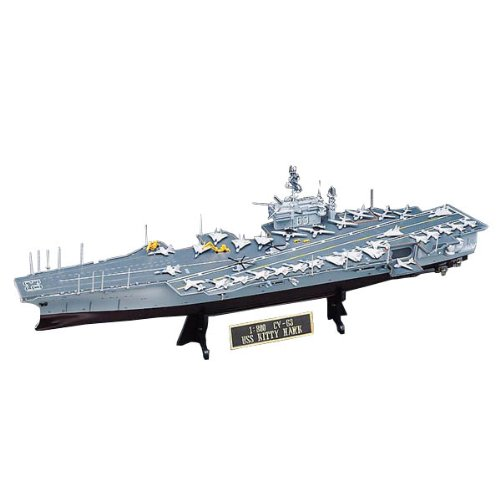 Academy 1/800 Scale U.S.S Kitty Hawk Model Kit ()