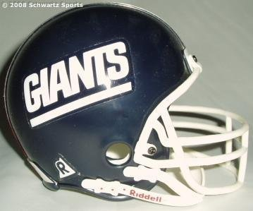 Mounted Memories New York Giants Riddell Replica Micro Mini Helmet ()