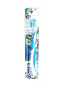 Oral B Pro-Expert Stages 4 CrossAction Toothbrush (8 Years), Multi Color 3014260000000