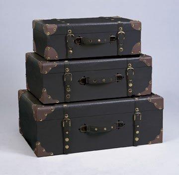 Incroyable Set Of Three Decorative Storage Suitcase Trunks