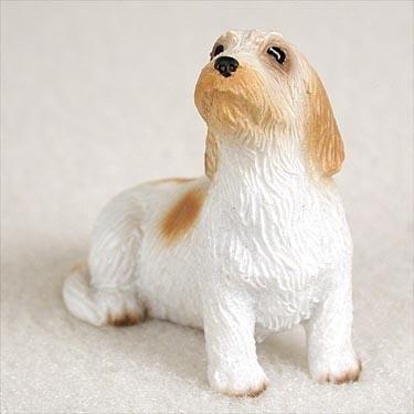 Petit Basset Griffon Vendeen Miniature Dog Figurine (Basset Griffon Vendeen Figurine)