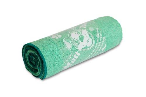 "Mugzy's Mutt Towel: Awesome 100% Microfiber pet towel attracts but won't trap fur! 28"" x 50"""