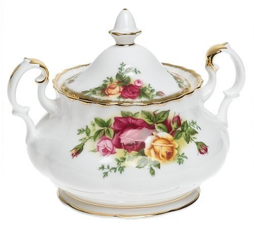 Royal albert old country roses 3 piece tea set home garden for Kitchen set royal surabaya