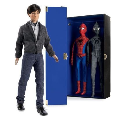 Robert Tonner Doll Company Limited Edition Peter Parker/Spider-manTM Trunk Se (Tonner Doll Company)