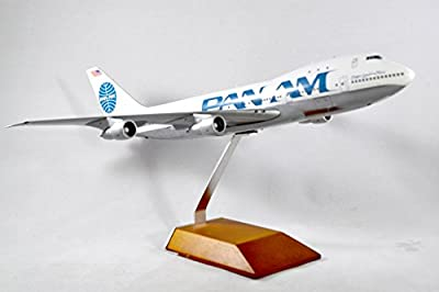 GeminiJets Pan American World Airways Boeing 747-100 Diecast Airplane Model N741PA With Stand 1:200 Scale Part# G2PAA619