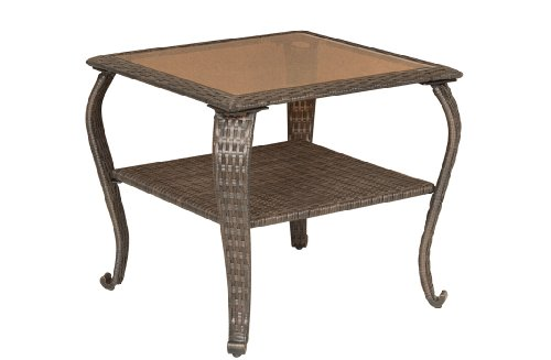 La-Z-Boy Outdoor Resin Wicker Patio Furniture Side Table