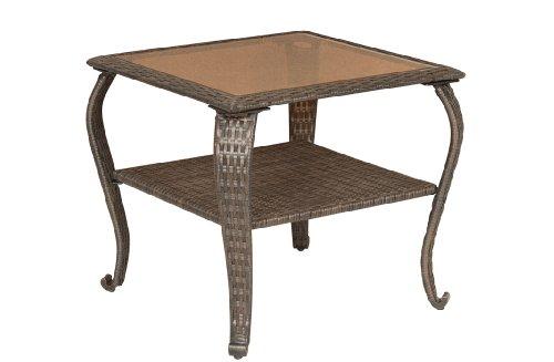 La-Z-Boy Outdoor Resin Wicker Patio Furniture Side Table For Sale