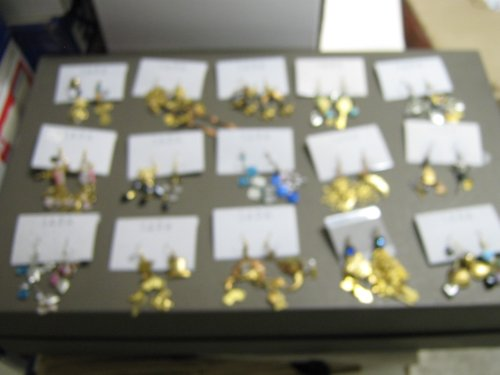 [Costume Jewelry By Sara , Vintage & Antique Jewelry , Lot of 12 Pair] (Vintage Costume Jewelry Lot)